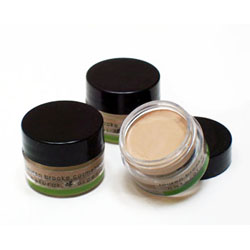Creme Foundation